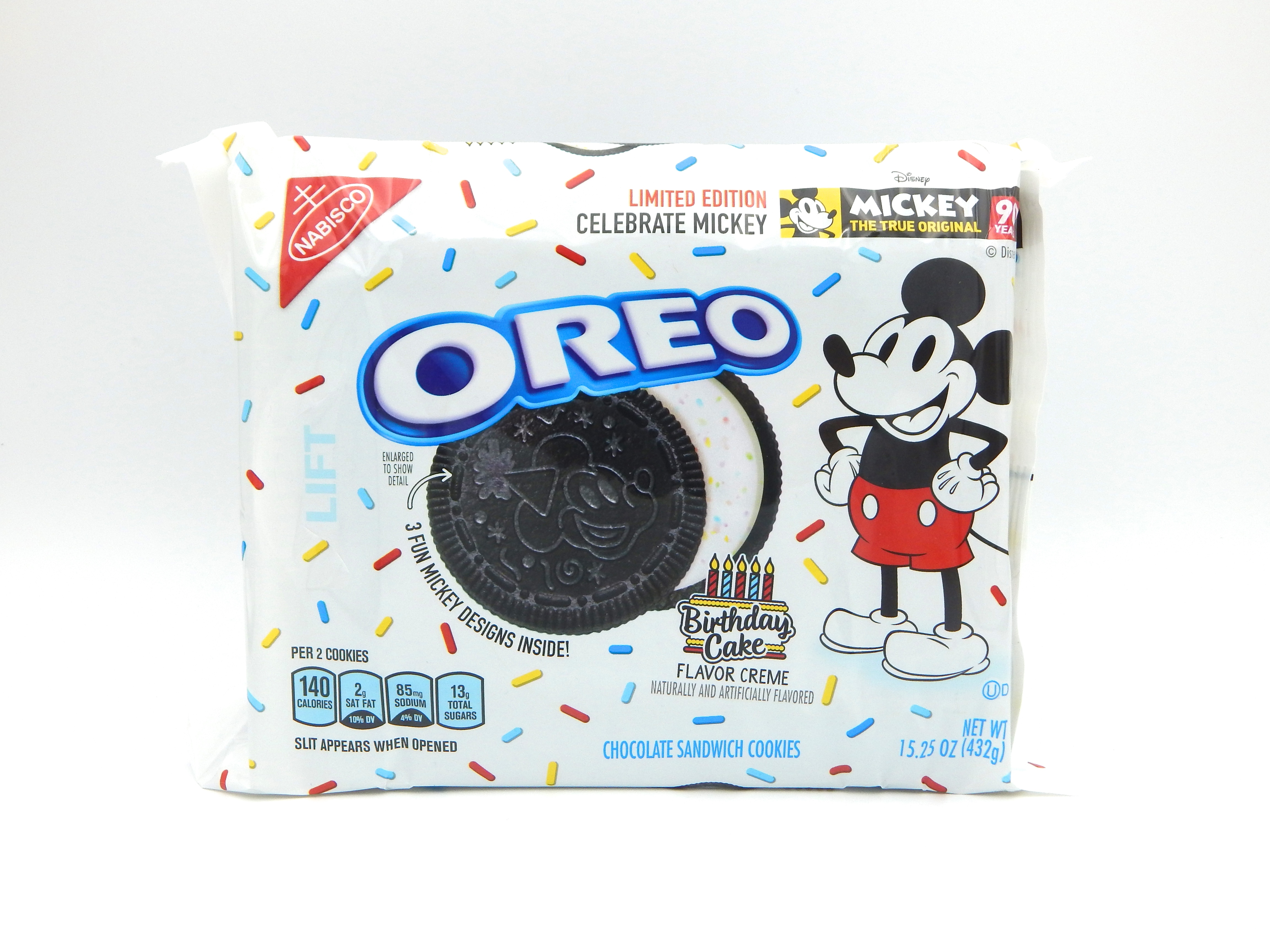 Review Nabisco Limited Edition Celebrate Mickey Oreos Monday Night